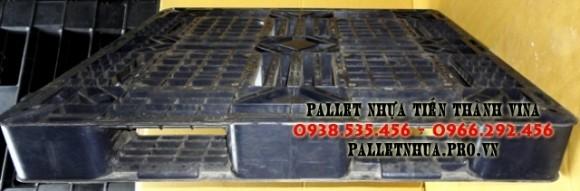 pallet-nhua-1100x1100x120mm-mau-den-2