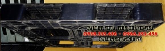 pallet-nhua-1100x1100x120mm-mau-den-3