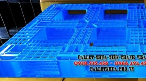 pallet-nhua-1100x1100x120mm-mau-xanh