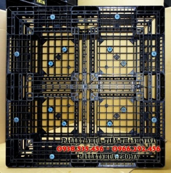 pallet-nhua-1100x1100x150mm-mau-den-2