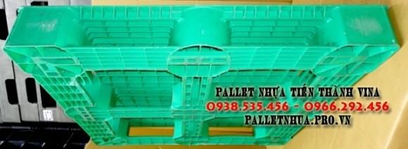 pallet-nhua-1100x1100x150mm-xanh-la-cay-2