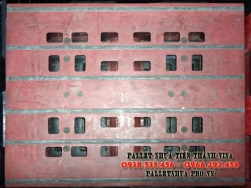 pallet-nhua-900x1100x150mm-mau-nau-mau-nau